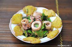 Cách làm món mực xào dứa chua ngọt, giòn giòn quá ngon - http://congthucmonngon.com/129843/cach-lam-mon-muc-xao-dua-chua-ngot-gion-gion-qua-ngon.html