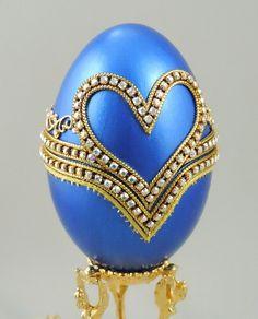 ♡» Blue Hearts of Love Engagement Ring Box, Blue Presentation Box, Wedding Ring Box, http://etsy.me/2aDi7Y9