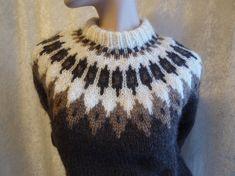 Bilderesultat for islandsgenser Jumper, Knitting, Sweaters, Diy, Fashion, Moda, Tricot, Bricolage, Fashion Styles