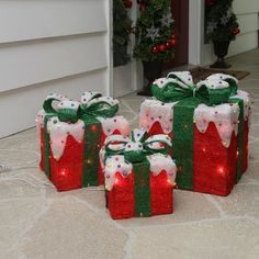 The Holiday Aisle 3 Piece Sparkling Red Snow Covered Gift Box Christmas Decoration Set Lawn Art/Figurine Candy Gift Box, Candy Gifts, Pumpkin House, Christmas Open House, Christmas Inflatables, Door Murals, Pumpkin Lights, Metal Tree, Christmas Decorations