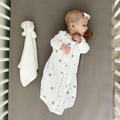Ely & Co's unique, unisex baby sack cloaks your precious little one in the perfect sleep apparel. Crafted from the softest fabric, 100% natural cotton, this wearable sleep bag is lightweight and composed of breathable material. Machine washable for busy moms, this sack has easy and simple care.