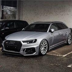 Gambar mungkin berisi: mobil Audi Rs6, Audi A6 Avant, Rally Car, Car Photos, Audi Quattro, Race Cars, Branding Design, Automobile, Racing