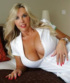 MILF ready to cheat....