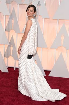 The Best Dressed at the 2015 Oscars - Marion Cotillard in Christian Dior Couture