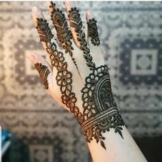 We have got a list of top Arabic Mehndi designs for Hand. You can choose Arabic Mehndi Design for Hand from the list for your special occasion.
