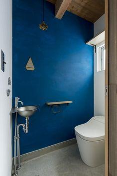 完全個室だからこそできる!鮮やか内装のトイレ事例集|SUVACO(スバコ)
