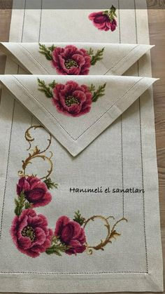 1 million+ Stunning Free Images to Use Anywhere Mini Cross Stitch, Cross Stitch Borders, Cross Stitch Rose, Cross Stitch Flowers, Cross Stitch Designs, Cross Stitch Patterns, Hand Embroidery Designs, Beaded Embroidery, Cross Stitch Embroidery