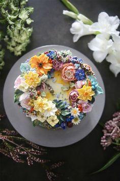 Gorgeous Cakes, Pretty Cakes, Cute Cakes, Amazing Cakes, Korean Buttercream Flower, Buttercream Flower Cake, Buttercream Frosting, Wedding Cake Prices, Wedding Cakes