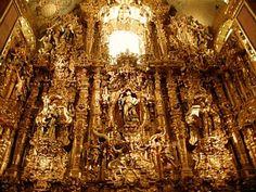 El Churriguerezco que mostraba el poderío económico de la Iglesia Católica.