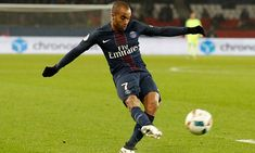 Lucas Moura completes £25m move to Tottenham from PSG