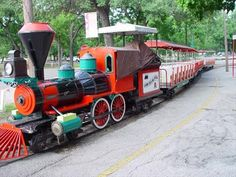 laThe Landa Park miniature train is fun for all ages! A train trip is a wonderful way to explore the park. Train rides are available for individuals, groups, company picnics, etc.    $2.50 per person   Daily - May until beginning of public school & during spring break   Weekends only - September through April     Annual train passes are also available!  For 25.00 enjoy unlimited rides.  Purchase your train pass at the Parks Administrative Office.    Contact David Schoenvogel, (830) 625-8285,