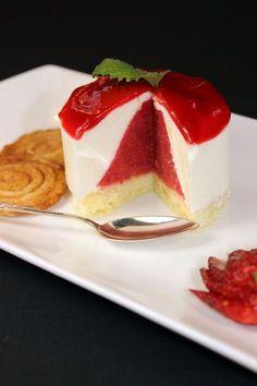 Joghurt-Erdbeertörtchen mit Gewürzarlettes