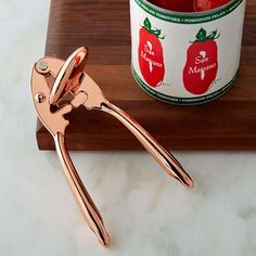 Williams Sonoma has kitchen items for sale at an exceptional value. Find kitchen utensils on sale at Williams Sonoma. Rose Gold Kitchen, Copper Kitchen, Kitchen Tools, Kitchen Gadgets, Kitchen Products, Dorm Kitchen, Quirky Kitchen, Kitchen Utensils, Williams Sonoma
