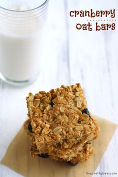 The Pretty Bee shares Debbie's recipe for #vegan #gluten-free Cranberry Oat Bars plus a #Giveaway! http://theprettybee.com/2014/08/cranberry-oat-bars.html