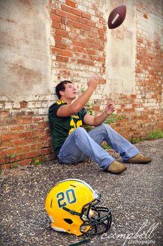guys senior football portraits