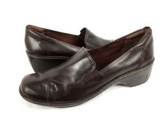 CLARKS Loafers 8.5 Womens Brown LEATHER Slip On Shoes #Clarks #LoafersMoccasins #WeartoWork