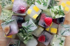 """truebluemeandyou: """" brit: """" Ready to revolutionize the way you make ice cubes? Try adding fruit, herbs, or freshly squeezed juice to your ice cube trays for an easy, extra spark of flavor. Large Ice Cube Tray, Ice Cube Trays, Flavored Ice Cubes, Fiestas Party, Fruit Ice, Fresh Fruit, Fresh Herbs, Flavor Ice, Gin Tonic"""