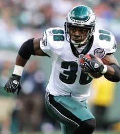 Another one of my favorite Eagles, Brian Westbrook, who is retiring - as an Eagle!