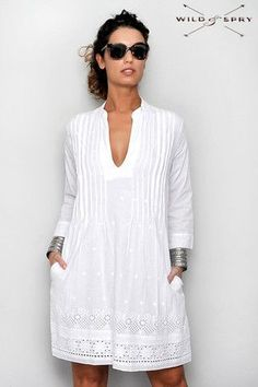 Ibiza Dress Embroidery V-Neck Pockets