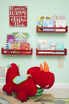 more bookshelf ideas for children's books-- this time spice racks