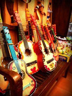 Guitarras Artesanales.EL SALVADOR