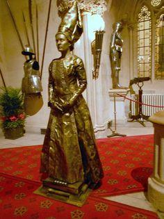 Pamela - Bespoke Human Statue Acts | Surrey| South East| UK #medieval
