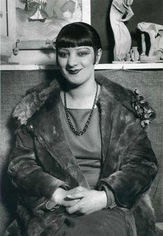 Kiki de Montparnasse, 1927, André Kertész.