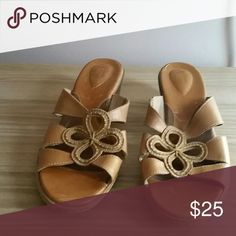 Sandals Light brown Clarks Artisan gently worn Clarks Shoes Sandals