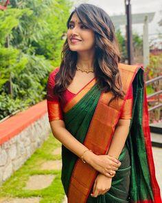 Indian Lehenga, South Indian Silk Saree, South Indian Wedding Saree, Ethnic Sarees, Big Fat Indian Wedding, Indian Weddings, Indian Dresses, Indian Outfits, Indian Attire