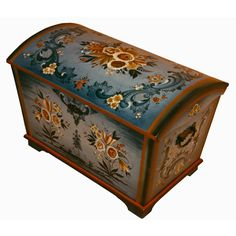 Vesterheim Norwegian-American Museum - Artist Information Painted Trunk, Painted Boxes, Painted Furniture, Old Trunks, Trunks And Chests, Tole Painting, Painting On Wood, Norwegian Rosemaling, Scandinavian Folk Art