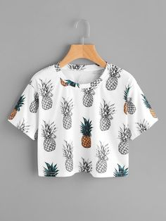 To find out about the Pineapple Print Random Tee at SHEIN, part of our latest T-Shirts ready to shop online today! Girls Fashion Clothes, Teen Fashion Outfits, Mode Outfits, Outfits For Teens, Girl Fashion, Girl Outfits, Teenager Outfits, Crop Top Outfits, Cute Casual Outfits