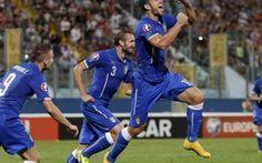 Euro 2016: Azerbaigian-Italia: le formazioni e il pronostico Gli uomini di Conte hanno la palla del match ball in questa sfida di Baku contro l'Azerbaigian, ormai fuori dai giochi. Vincendo gli azzurri renderebbero l'insidiosa sfida contro la Norvegia poco più #azerbaigia-italia #pronostico