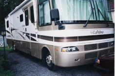2002 Monaco La Palma -Excellent Condition, Well Maintained, Non-Smoking, No Pets, Ford Engine, Trailer Hitch, Electric Step, Basement Storage, Day/Night Shades, Awnings, Dual Slide, Extra Tire, Chrome Wheels, Wheel Covers, Mirror Covers, HWH Leveling, Generator, Inverter - See more at: http://www.rvregistry.com/used-rv/146755.htm