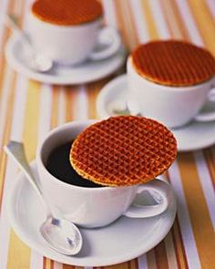 Stroopwafels ( site with 10 Dutch foods you should try at least once)