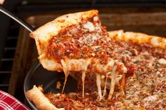 Deep Dish Pizza, Chicago  Style.... The best style!