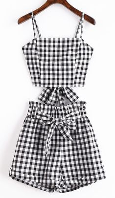 Cute casual two-piece set women crop top and pants elastic bow tie detailed This casual two-piece set covers a top and belted shorts. With plaid pattern throughout, this trendy top emphasizes an elast Teen Fashion Outfits, Cute Fashion, Outfits For Teens, Trendy Outfits, Girl Fashion, Girl Outfits, Ladies Fashion, Fashion Ideas, Crop Top Outfits