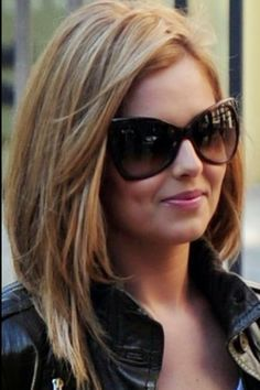 5 Hairstyles for Medium Length Hair. Gonna see if I can pull this off with my fine hair...very pretty and flattering