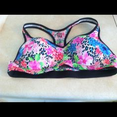Victoria's secret Bra Very good condition PINK Victoria's Secret Intimates & Sleepwear Bras