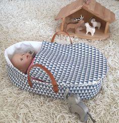 Puppen - Puppentrage/Puppenbett LIA - ein Designerstück von Petits-Grands bei DaWanda