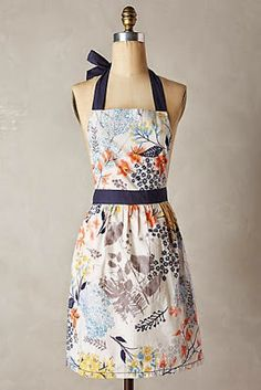 Anthropologie Definitely makes some really cute aprons Christmas Presents For Her, Cute Aprons, Aprons Vintage, Retro Apron, Sewing Aprons, Kitchen Aprons, Diy Clothes, How To Make, How To Wear