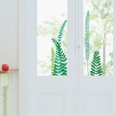 The Window Stickers are made of transparent electrostatic film that makes the motif visible on both sides of a window. These glue-free Stickers are easy to position, reposition, and remove.