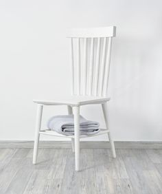 PRESTON dining chair // scandinavian style from HAWKE & THORN // www.hawkeandthorn.com