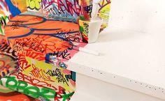 Te cedo dormir al lado de la ventana. De nada.   Director: Benjamin Roudet / Big Addict Year: 2012 Music: Peter Bjorn and Jhon – Up Against The Wall (Writer's Block album) Label: Wichita Recording / V2 RECORDS        Tilt : The hotel Au vieux panier asked me …
