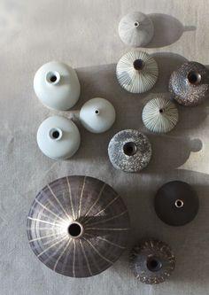 ceramics Ceramic Pottery, Ceramic Art, Pottery Barn, Ceramic Jugs, Clay Vase, Slow Living, Ceramic Design, Painting Patterns, Home Crafts