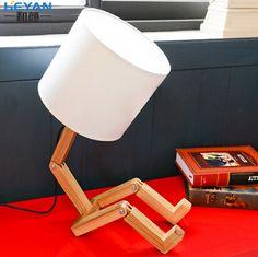 Moderne Woninginrichting Kleine Hout Persoon Tafellamp Bed Llight Vouwen Kind Lamp Studie Licht Gratis Verzending in Grootte: vorm met een diameter 18cm hoogte 48cmLichtbron: e27* 1( lamp niet inbegrepen)     van tafellampen op AliExpress.com | Alibaba Groep