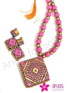 Pink and gold trendy fashion set
