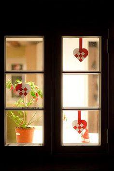 Julehjerter i vinduerne