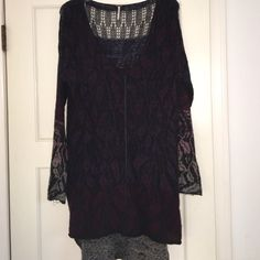 PRICE DROP!! Free People high/low knit sweater OBO || Size medium || Purple, pink & black || Light knit sweater with a high low hem || Scoop neck || Never been worn Free People Sweaters Crew & Scoop Necks