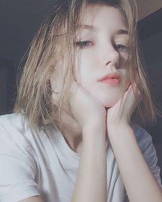 One more girl proving her beautiful short hair & - Uzzlang Girl - Uzzlang Girl, Girl Face, Hey Girl, Pretty Girls, Cute Girls, Japonese Girl, Western Girl, Kawaii Girl, Aesthetic Girl