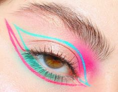- Makeup Tips For Older Women Makeup Eye Looks, Eye Makeup Art, Colorful Eye Makeup, Crazy Makeup, Cute Makeup, Pretty Makeup, Makeup Inspo, Eyeshadow Makeup, Makeup Inspiration